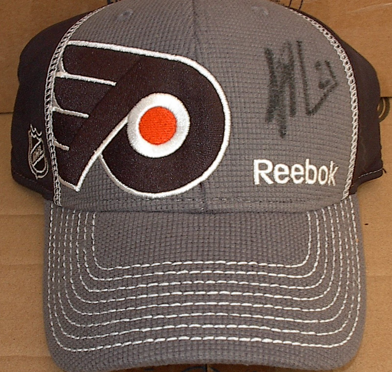 Scott Laughton Autograph Draft Day Hat 2012 NHL Draft 1st Round Flyers