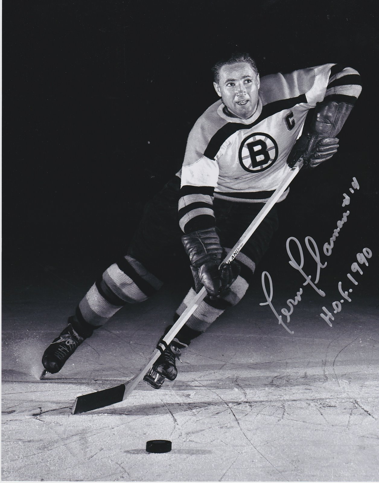Fernie Flaman Autograph 8x10 Color photo Boston Bruins