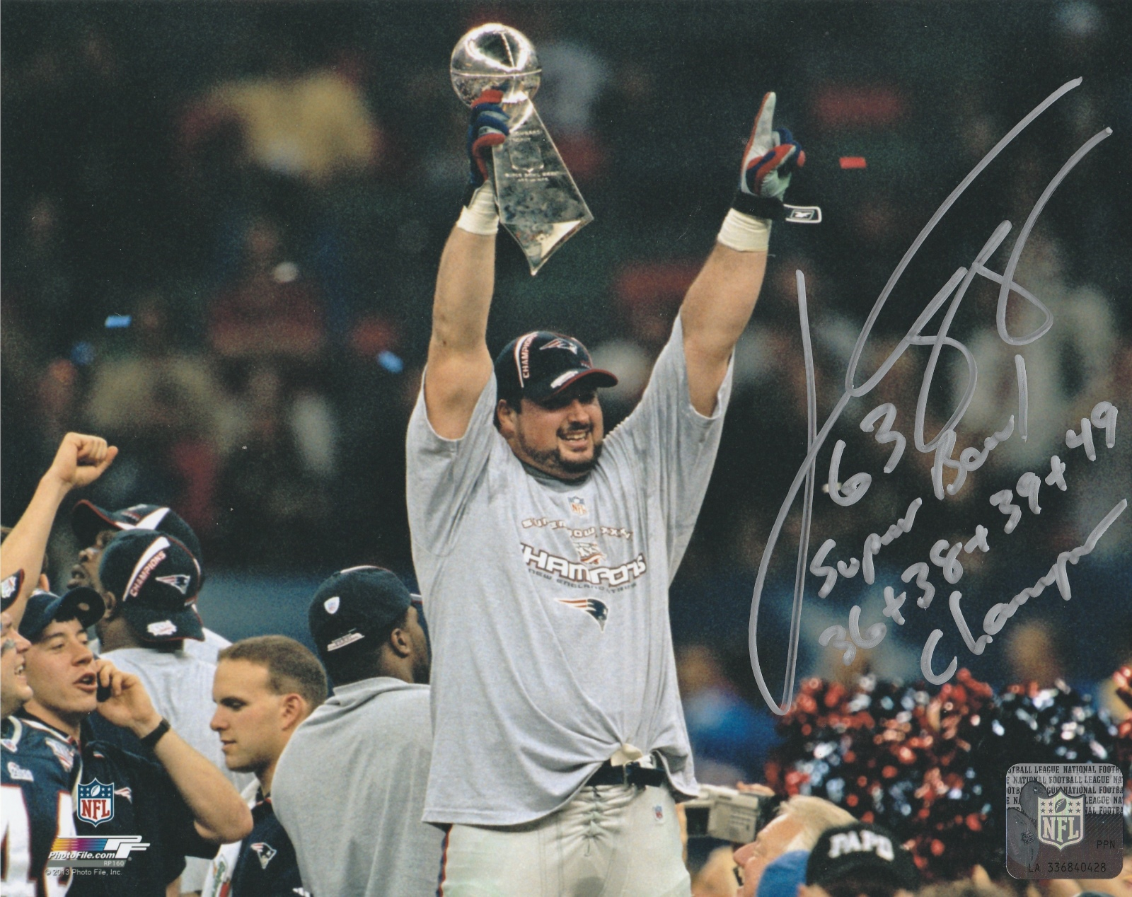 Joe Andruzzi Autograph 8x10 Color photo New England Patriots