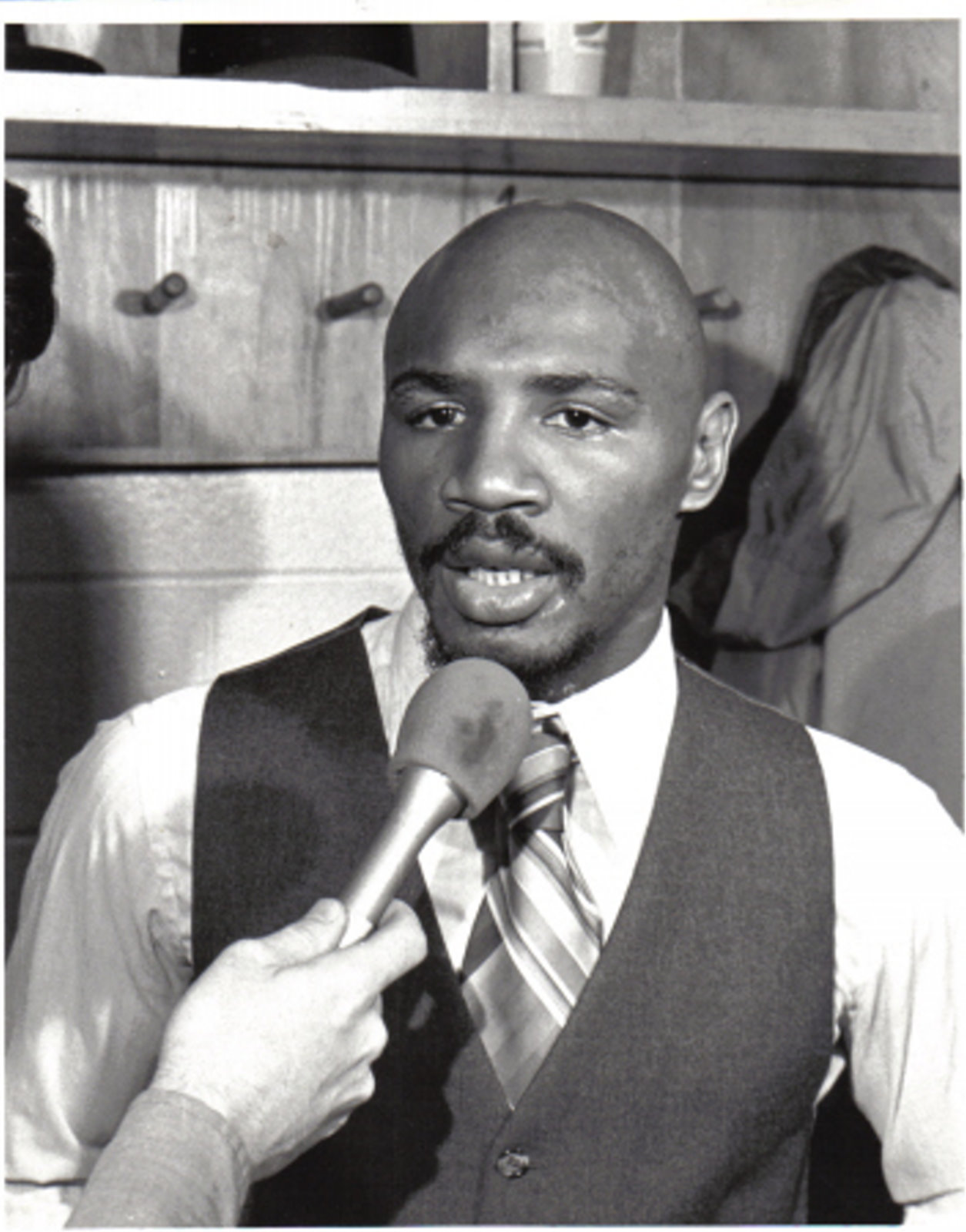 Marvelous Marvin Hagler stock photo 8x10 B&W